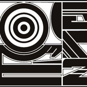 Elektroniktou-Mix@Teknival-Larzac-[ViTaMiNe.C]-(2003)
