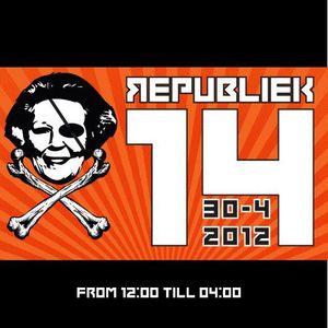 Stefan ZMK @ Republiek14 - Hit 'n Run Soundsystem - Amsterdam 2012 [acidcore tekno hardcore]