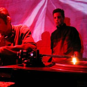 Longman & Bratwa - Live @ Airbag on Tilos Radio Budapest 2002 03 30