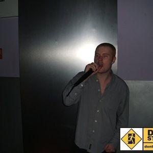 UKG MIX BY DARKNESS ON DANGER FM