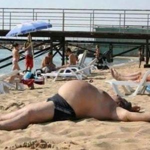 pumpuj_farang_on_the_beach_by_wladi-MIR_21.01.12