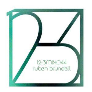 12-3 Mixshow 044 - Ruben Brundell