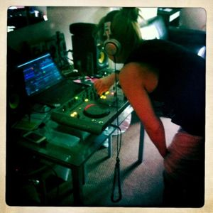 Beagers First Live Mix (01-07-12)