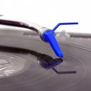 DJ Epsilon (Detroit, MI) - Livin' Room Session #1 (Old School Party Mix)