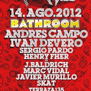 Sergio Pardo @ Bathroom Florida 135