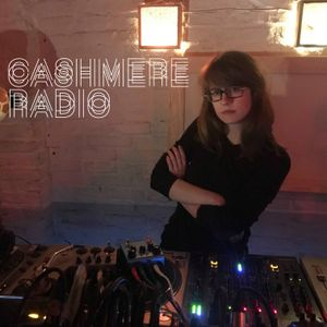 Cashmere Texture Mix #24 w/ Avalon Emerson 20.01.2018