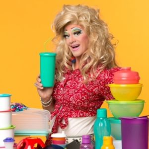 Spread Your Legs-Interview w/ Tupperware Drag Queen-Ep23