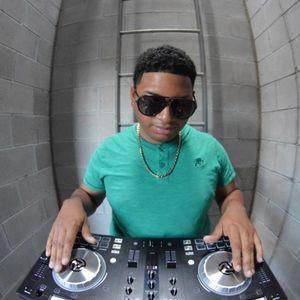 THROWBACK JAMZ PART 2 - DJ ADONIS