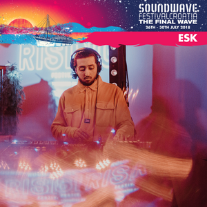 FOUR IN THE AM #16 w/ ESK - LIVE FROM SOUNDWAVE FESTIVAL