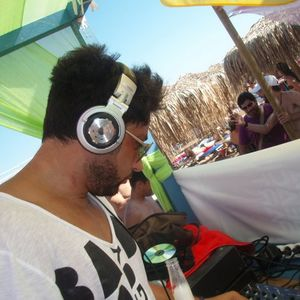 tech-house sessions Vol2 june 2011 listen loud!!!