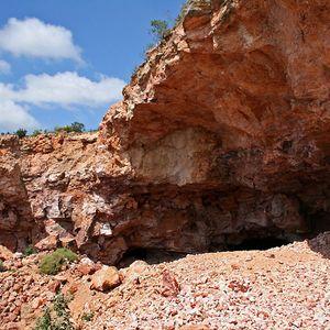 Minas de Ópalos en la Sierra la Trinidad