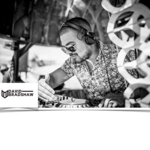 David Bradshaw - Circus Recordings Competition Mix (Track at 09:56)