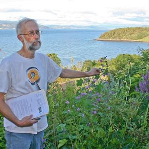 Stephen Barstow on Around the World in 80 Plants