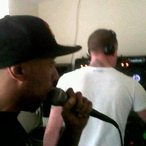 Joevirus longside Megatron mc studio mix 2012
