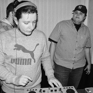 11.10.11 Gravity @ Mubaradio.ru w/ K300 Guest Mix part 1