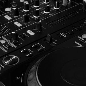 Macytom DJ about House
