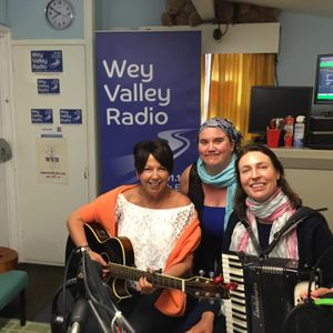 Acoustic Cafe Radio Show May 28th 2019 Dielle, Tobiah and Colette, Nancy Kerr and James Fagan