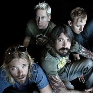 24/02/2011 - Foo Fighters Interview and David Lyre in session