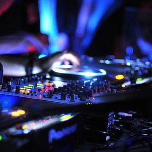 Set (Tech house mix Deejay ZaKsAnDo )