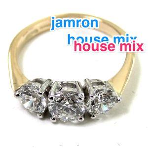 30min House Mix (new music april '14)
