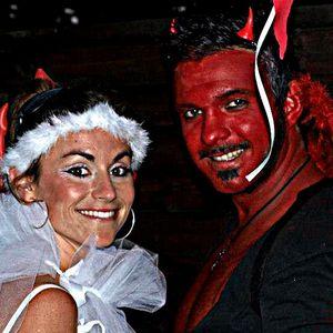 "Jü-One - Angels & Devils Live @ La Force (25""08""2012)"