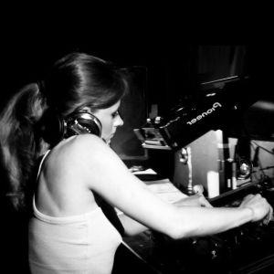 Alexandra Marinescu presents - Nuances 021 (March 2010)
