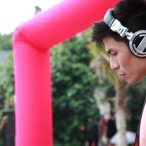 DJ CarlosKaka - The Mix 15 Rush(搶聽版) @ 夏至音樂祭 2012 SUMMER SHOTZ DJ Carlos's Promo set. 2012-08-08.