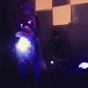 Input - Glitch & Kitsch - The end