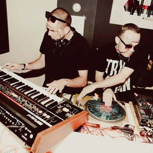 Tempo Hit Mix: Italo DJ Mix By No Sleep Richy + Guy Tallo on synths!