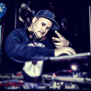 11-10-12 Jamn 94.5 Saturday DJ Motion pt.1