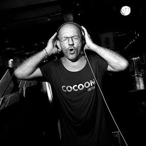 SVEN VATH live at fortezza dal basso, firenze italy 26.02.2005