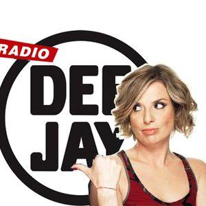 Intervento in diretta di Sarah Jane direttamente da Radio Deejay