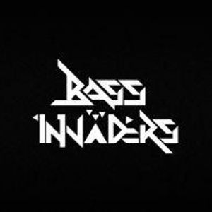 TX300 | Bass Invaders