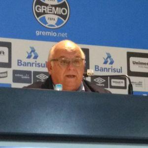 Presidente do Grêmio fala sobre mudanças no futebol e reforços
