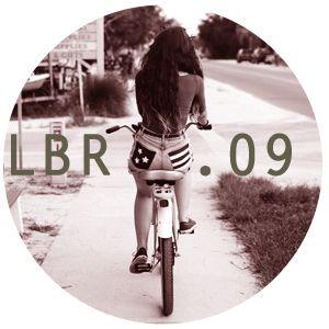 LBR.09 - summer daze