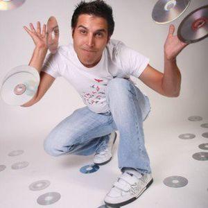 SimonPisani - Through Music i Speak VoL (1) DJMIX