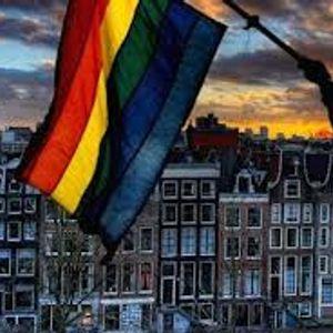 gay pride amsterdam@gay monument 2011