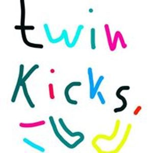 Twin kicks session #4