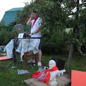 Kolya Yan @ Mihailych Pool Party