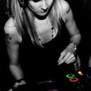 DJ Daniela Santin / Imagine the Music