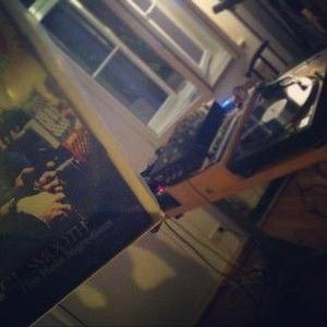Wretch @ Tonight's Da Night 106.6 FM - 6/2012