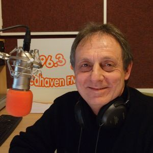TW9Y The Time Show 25.10.12 Hour 1 with Roy Stannard and The Daunt Shades on www.seahavenfm.com