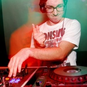BASSPATHS@REPREZENT FM 107.3 23/07 feat guest mix by THIRTEEN (Iron Shirt Recordings)