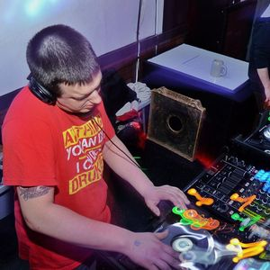 Hooraa's No Holds Barred Mix Sessions #1