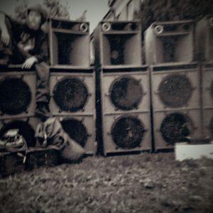 Revelation Soundsystem @ Parnell Mooney 2002 Part 2_4