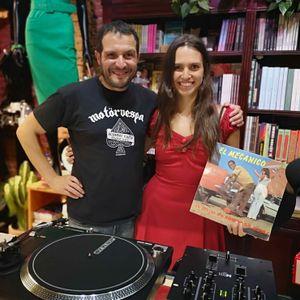 Paola Valdivieso y su tropical Colombia