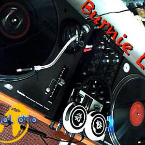 4 Deck Mix (2007) - Burnie