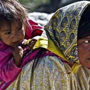 Rock en Rebelión - Hambruna en la sierra Tarahumara y  lo mejor de la música Latina Alternativa
