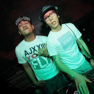 2012.11.27 DJ Yup Trap music live mix
