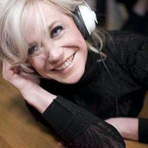 Maren from Dialed-In DJs Wedding Mix